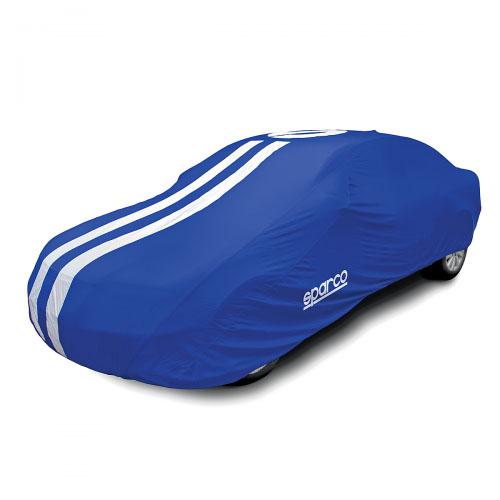 Чехол-тент на автомобиль Sparco, морозоустойчивый, цвет: синий. Размер XXL2SPC/COV-700 BL (XXL2)Чехол-тент на автомобиль Sparco - это удобная и выгодная альтернатива частому посещению автомоек и дорогостоящей полировке кузова. Он особенно актуален для тех автовладельцев, кто часто оставляет автомобиль под открытым небом. Чехол надежно оберегает поверхность автомобиля от влаги, пыли, солнечного ультрафиолета, осадков, следов насекомых, птиц, почек деревьев и прочих загрязнений. В качестве материала используется толстый, но очень мягкий полиэстер с ПВХ-покрытием, который не оставляет потертостей и царапин на лакокрасочном покрытии и эффективен при любых погодных условиях. Кроме того, такой чехол можно использовать зимой, так как он морозоустойчивый. Максимальную прочность изделию придают двойные швы. Чехлы выпускаются в пяти размерах, учитывающих не только габариты автомобиля, но и его тип кузова. Правильно подобранный чехол надевается на автомобиль без каких-либо затруднений. Плотные эластичные края надежно фиксируют изделие на кузове. При этом в свернутом виде чехол обладает очень компактными размерами. Подходит для средних кроссоверов, минивэнов и универсалов D и F классов. Характеристики: Материал: полиэстер. Цвет: синий. Размер: 483 см х 147 см х 139 см. Размер упаковки: 43 см х 17 см х 23 см. Артикул: SPC/COV-700 BL (XXL2).