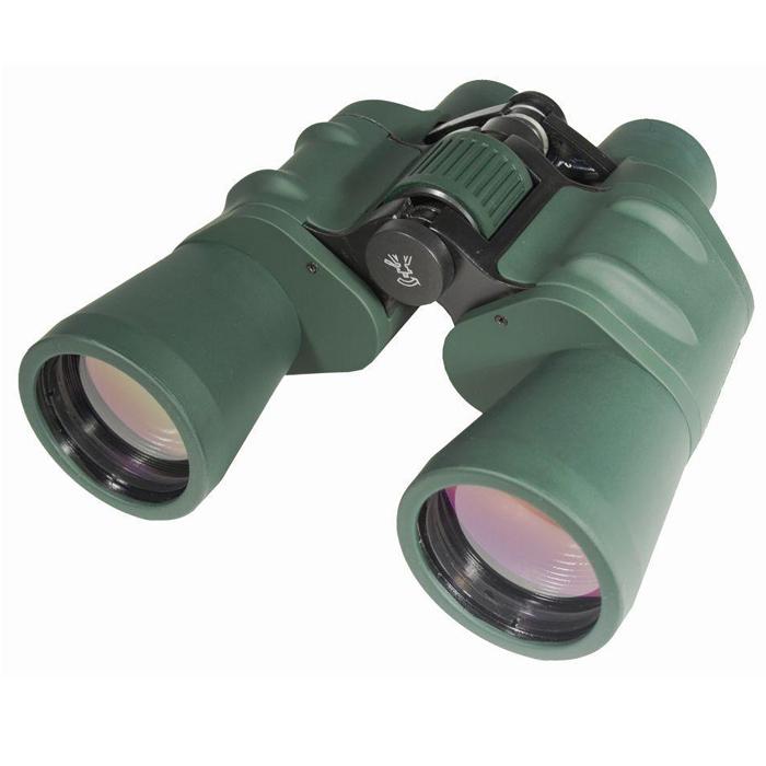 Sturman 20х50 бинокль, цвет: зеленый1528Мощный бинокль Sturman 20x50 предназначен для полевых наблюдений за живой природой и окружающим миром, подойдёт для охотников и путешественников, может использоваться при проведении геодезических или топографических работ. Обеспечивает возможность детального изучения объектов, находящихся на значительном удалении.Основные характеристики бинокля Sturman 20x50 Увеличение - 20х, призмы Porro, линзы с многослойным просветляющим покрытием Центральная фокусировка, регулировка межзрачкового расстояния, диоптрийная коррекция правого окуляра Обрезиненный корпус из алюминиевых сплавов Устанавливается на штатив (диаметр гнезда 1/4 дюйма) с помощью адаптера (адаптер не входит в комплект поставки)Поставляется в комплекте с шейным ремнём, защитными крышками объективов и окуляров и чехлом для хранения Конструктивные особенности бинокля Sturman 20x50 Корпус бинокля Sturman 20x50 имеет классическую конструкцию, выполнен из лёгких и устойчивых к негативному влиянию окружающей среды алюминиевых сплавов. Это позволило уменьшить общий вес прибора, что немаловажно для биноклей с большой апертурой (от 50 мм). Нескользящее резиновое покрытие обеспечивает удобное использование и надёжную защиту от атмосферных осадков, пыли и влаги.Оптическая схема на базе Porro призм позволяет получить более насыщенное и объёмное изображение (по сравнению с теми биноклями, где используются Roof призмы). Нанесённое на поверхности всех линз многослойное просветляющее покрытие увеличивает общий уровень светопропускания и обеспечивает яркое и контрастное изображение с естественной цветопередачей.В данной модели применяется система центральной фокусировки и диоптрийной коррекции для быстрой и точно настройки бинокля для наблюдения. Бинокль можно использовать как для наблюдения с рук, так и для наблюдения со штативом. Установка на штатив (диаметр штативного гнезда ? дюйма) осуществляется с помощью адаптера (не входит в комплект поставки). Штатив приобретается дополнительно.