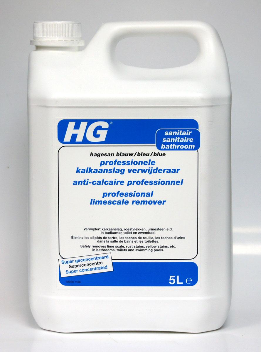 Универсальное чистящее средство HG для ванной и туалета, 5 л100500100Универсальное средство для эффективной и безопасной очистки всех поверхностей в ванной комнате и туалете, включая хром, нержавеющую сталь, керамику, кафель, плитку, стеклянные поверхности, пластмассу и т.д.Инструкция по применению: нанесите средство с помощью губки и оставьте действовать на несколько минут. Смойте средство с поверхности большим количеством воды. При необходимости повторите обработку.Обработка насадки душа: в случае, если душ работает плохо в результате появления известкового налета, погрузите насадку в емкость, наполненную концентрированным средством, на 30 минут, затем протрите щеткой и протрите водой.Очистка стеклянных поверхностей, которые потеряли блеск: погрузите на 10 минут в разведенное средство (1 часть средства, 10 частей воды), потрите щеткой и промойте водой.Меры предосторожности: R34 - Вызывает ожоги. S1/2 - Хранить в закрытом доступе и недоступном для детей месте. S26 - В случае попадания в глаза немедленно промыть большим количеством воды и обратиться за медицинской помощью. S27/28 - При попадании на кожу немедленно снять всю загрязненную одежду и промыть пораженные участки большим количеством воды. S36/37/39 - При несчастном случае или плохом самочувствии немедленно обратиться за медицинской помощью (по возможности показать этикетку материала). S64 - При проглатывании промыть рот водой (если только пострадавший в сознании). Содержит фосфорную кислоту! Характеристики:Размер емкости: 18 см х 12,5 см х 28,5 см. Размер упаковки: 18 см х 12,5 см х 28,5 см. Состав: неионогенные поверхностно-активные вещества, ароматизаторы.