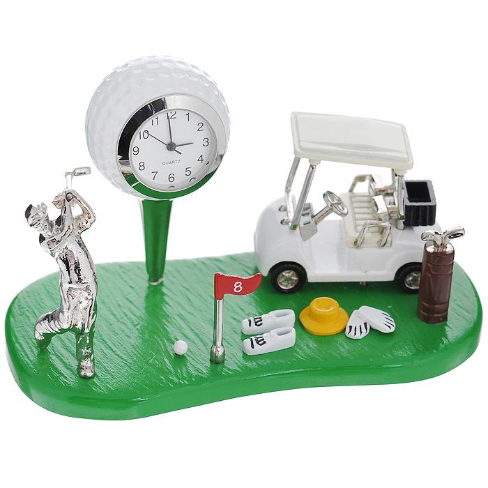 Часы настольные Гольф, цвет: зеленый, белый. 2240922409Оригинальный дизайн настольных часов Гольф разработан с учетом современных тенденций оформления интерьеров. Выполненные из металлического сплава в виде поля и атрибутов для гольфа, эти часы, несомненно, будут привлекать к себе внимание. Часы с кварцевым механизмом работают плавно и бесшумно и требуют лишь примерно раз в год замены батарейки. На циферблате имеются часовая, минутная и секундная стрелки.Такие часы легко впишутся в любой интерьер и станут великолепным подарком! Характеристики:Материал: металл (сплав цинка), стекло.Цвет: зеленый, белый.Размер часов (Д х В х Ш): 11 см х 6 см х 5,4 см.Размер циферблата: 1,9 см х 1,9 см. Размер упаковки: 12 см х 7,5 см х 8 см.Артикул: 22409.