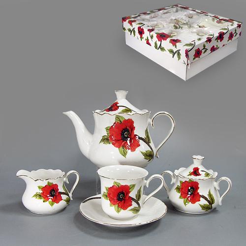 Набор чайный Красный мак, 15 предметов590-001Чайный набор Красный мак состоит из шести чашек, шести блюдец, заварочного чайника, молочника и сахарницы. Предметы набора изготовлены из высококачественного белого фарфора и декорированы золотистой каймой и изящным изображением красных маков. Чайный набор Красный мак станет украшением сервировки вашего стола, а также послужит замечательным подарком к любому празднику. Набор упакован в стильную подарочную коробку из плотного картона. Внутренняя часть коробки задрапирована белой атласной тканью, и каждый предмет надежно крепится в определенном положении благодаря особым выемкам. Характеристики: Материал:фарфор. Диаметр чашки по верхнему краю:8,5 см. Высота чашки:8 см. Диаметр блюдца:15 см. Максимальный диаметр чайника (без учета носика и ручки):14 см. Высота чайника (без учета крышки):11,5 см. Объем чайника:1 л. Максимальный диаметр сахарницы:9,5 см. Высота сахарницы (без учета крышки):7 см. Максимальный диаметр молочника (без учета носика и ручки):9 см. Высота молочника:7 см. Размер упаковки:46,5 см х 40,5 см х 15 см. Артикул:590-001.