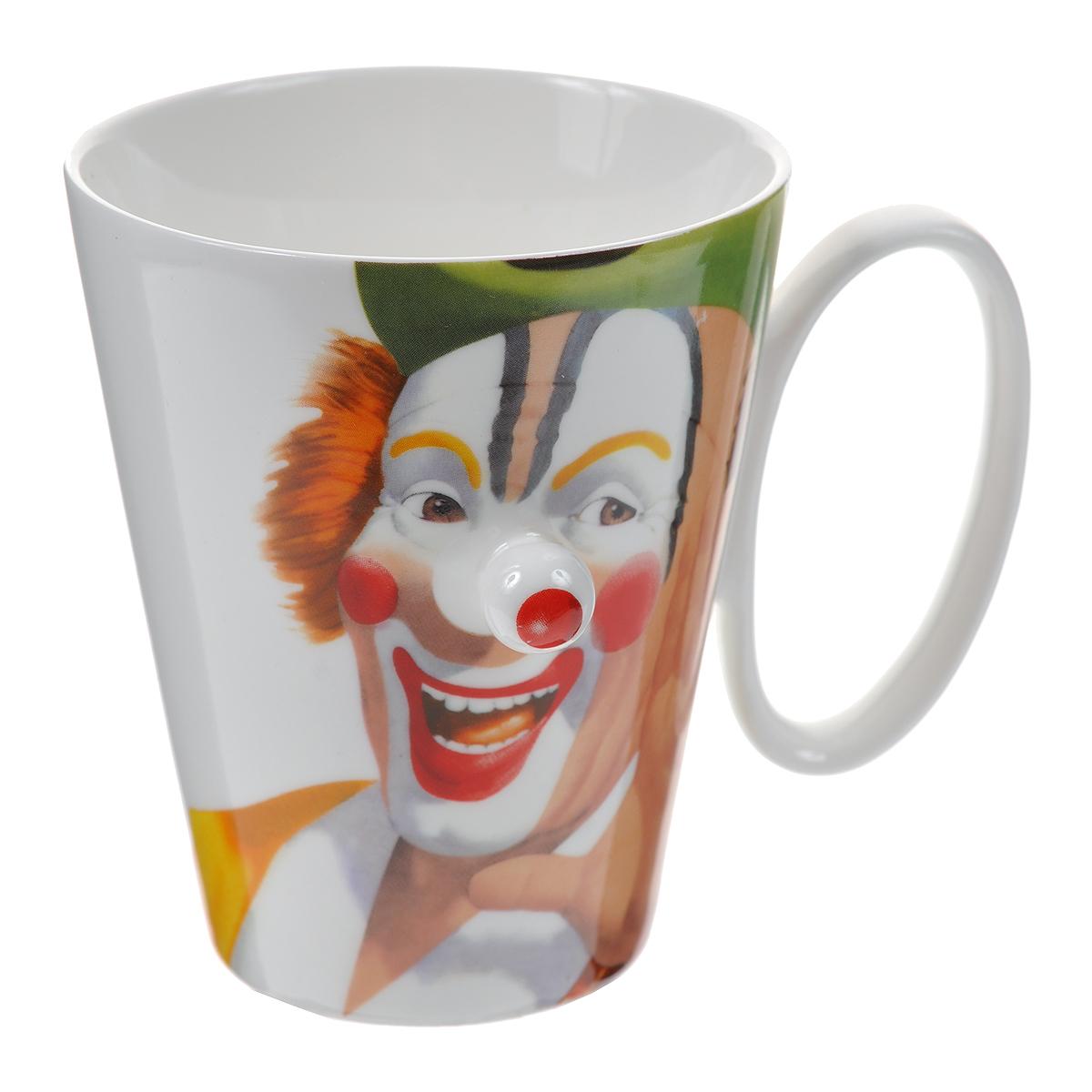 Кружка Клоун, красный нос. 003426003426Оригинальная кружка Клоун выполнена из керамики и оформлена забавным изображением клоуна с выступающим красным носом. Такая кружка станет не только приятным, но и практичным сувениром. Характеристики:Материал:керамика. Высота кружки:10 см. Диаметр по верхнему краю: 8,5 см. Размер упаковки:11,5 см х 9,5 см х 11 см. Артикул: 003426.