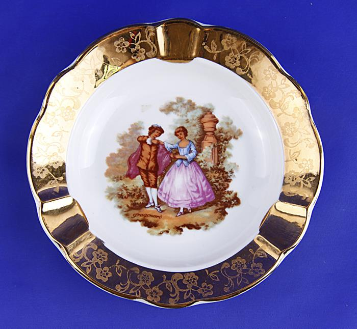 Пепельница На променаде. Фарфор, роспись, деколь. Limoges, Франция, вторая половина XX века louane limoges
