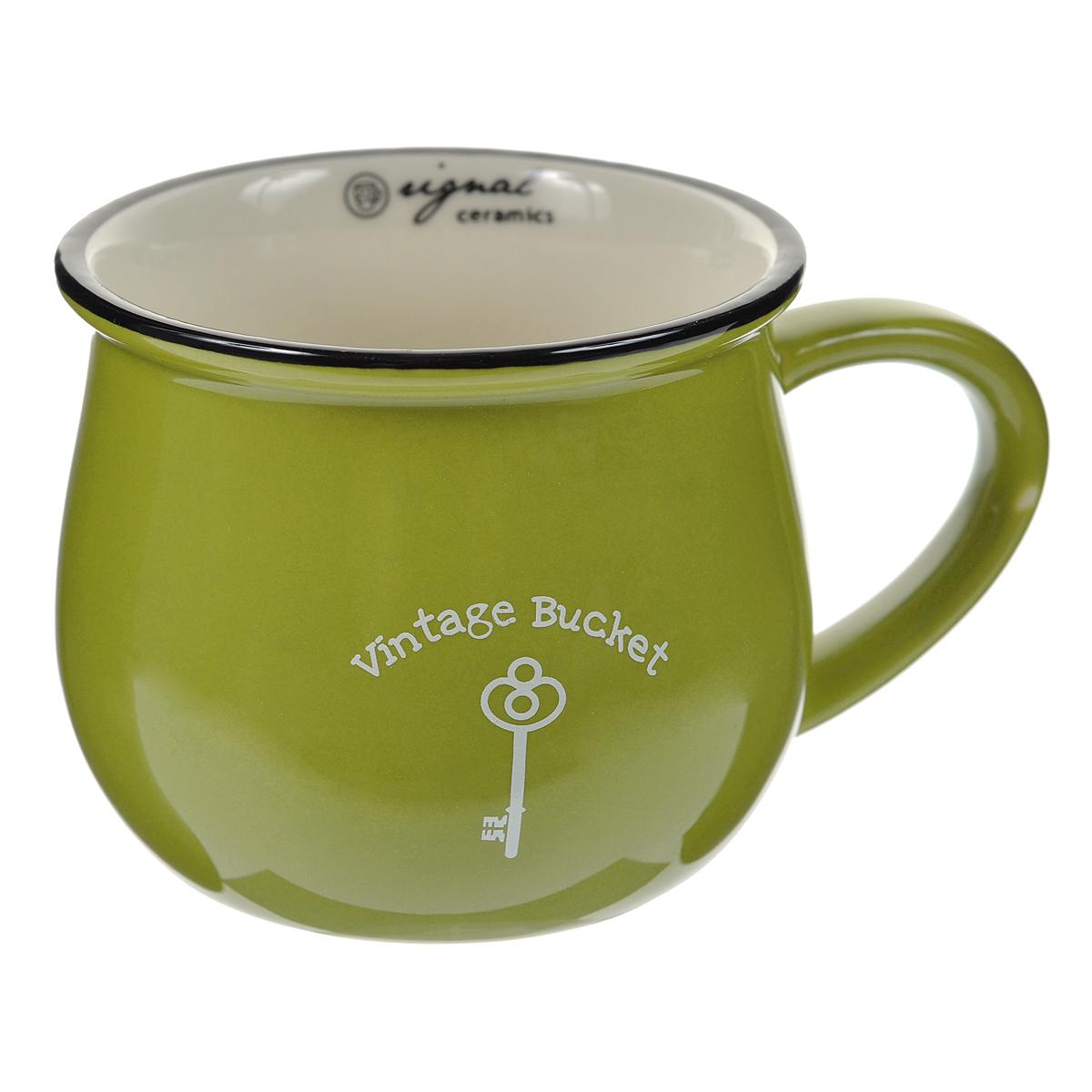 Кружка керамическая Горшок, цвет: зеленый003096Яркая кружка, выполненная из керамики в форме горшочка с ручкой, - отличный подарок для человека, ценящего забавные и практичные подарки. Кружка оформлена изображением ключика. Такая кружка станет незаменимым атрибутом чаепития, а оригинальный дизайн вызовет улыбку. Характеристики:Материал:керамика. Высота кружки:7,5 см. Объем кружки:300 мл. Диаметр по верхнему краю:9 см. Размер упаковки:12 см х 9,5 см х 8,5 см. Артикул: 003096.