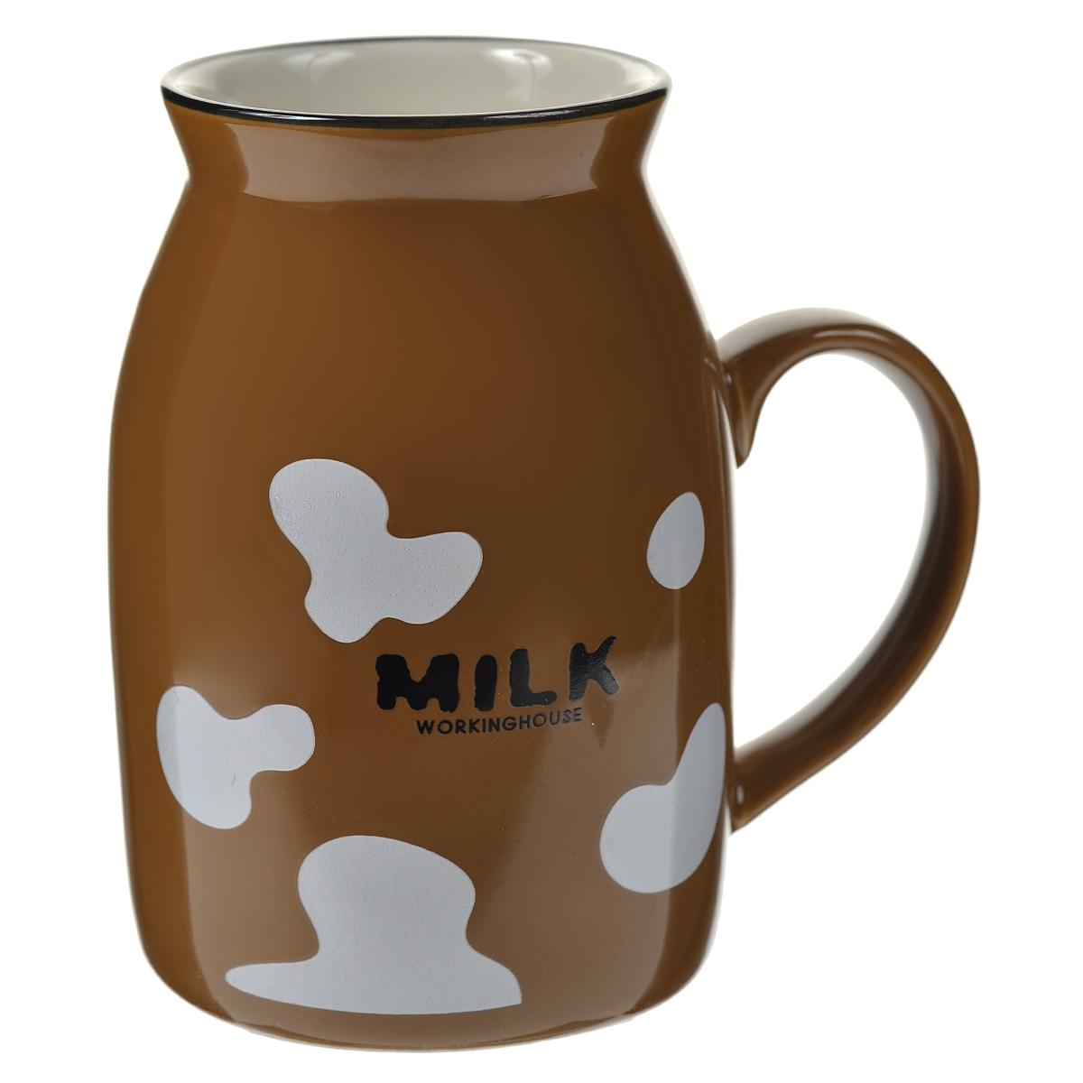 Кружка Milk, цвет: коричневый003068Оригинальная кружка Milk, выполненная из керамики, станет отличным подарком для человека, ценящего забавные и практичные подарки. Кружка выполнена в виде бидона для молока. Такой подарок станет не только приятным, но и практичным сувениром, а оригинальный дизайн вызовет улыбку. Характеристики:Материал:керамика. Высота кружки:10 см. Диаметр по верхнему краю:5,5 см. Размер упаковки:10 см х 7,5 см х 11 см. Артикул: 003068.