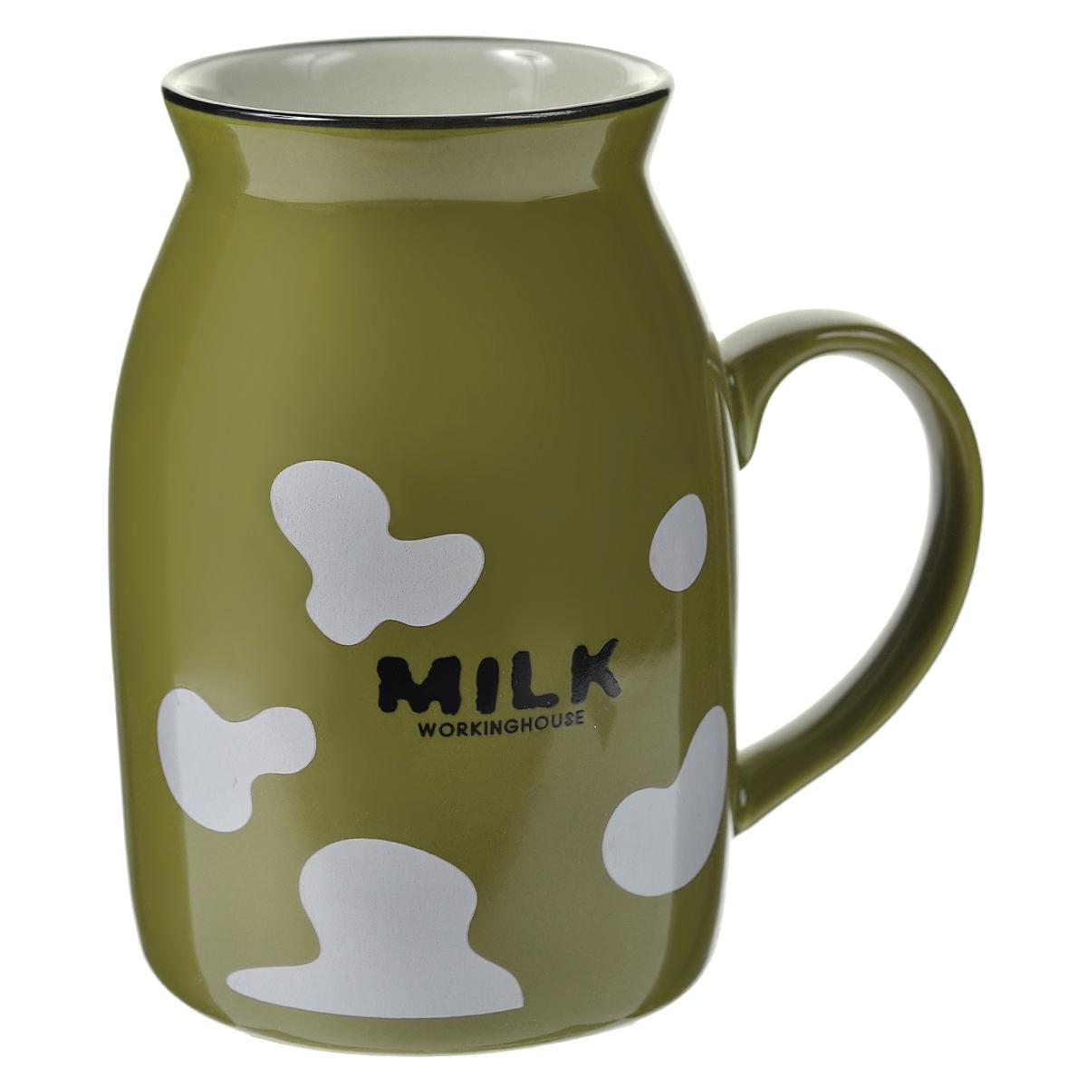 Кружка Milk, цвет: зеленый003065Оригинальная кружка Milk, выполненная из керамики, станет отличным подарком для человека, ценящего забавные и практичные подарки. Кружка выполнена в виде бидона для молока. Такой подарок станет не только приятным, но и практичным сувениром, а оригинальный дизайн вызовет улыбку. Характеристики:Материал:керамика. Высота кружки:10 см. Диаметр по верхнему краю:5,5 см. Размер упаковки:10 см х 7,5 см х 11 см. Артикул:003065.