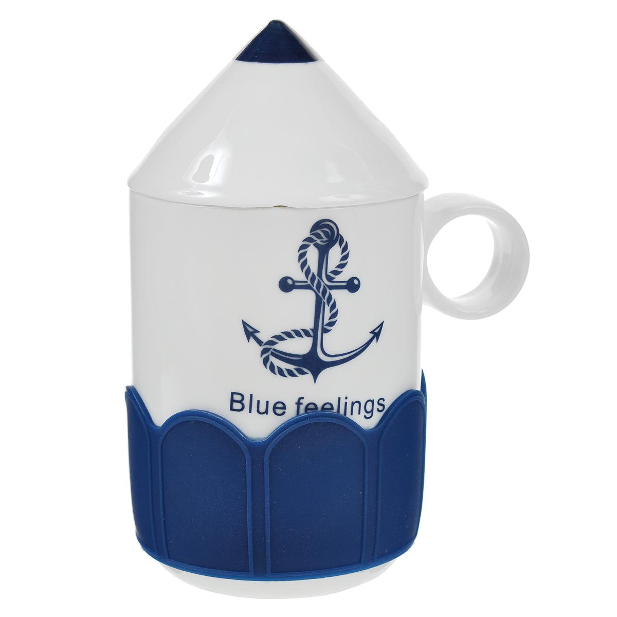 Кружка Карандаш. Якорь, с крышкой, цвет: белый, синий. 003104003104Оригинальная кружка Карандаш, выполненная из керамики, станет отличным подарком для человека, ценящего забавные и практичные подарки. Кружка выполнена в виде карандаша. Оснащенная удобной керамической крышкой, кружка превосходно сохраняет температуру напитка, а силиконовый ободок добавит комфорта при чаепитии. Такой подарок станет не только приятным, но и практичным сувениром: кружка станет незаменимым атрибутом чаепития, а оригинальный дизайн вызовет улыбку. Характеристики:Материал:керамика, силикон. Высота кружки (без учета крышки):10 см. Диаметр по верхнему краю:7 см. Размер упаковки:10,5 см х 8 см х 12 см. Артикул: 003104.