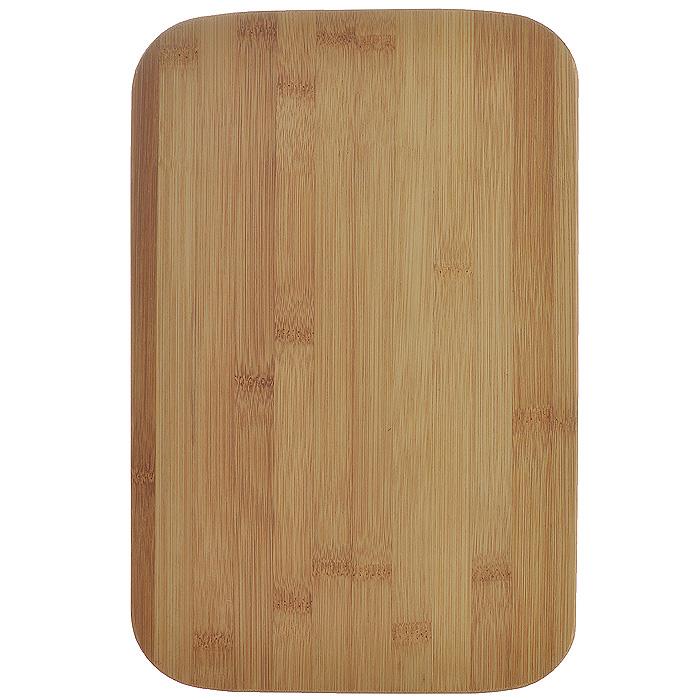 Доска кухонная Hans & Gretchen, 29,5 см х 19,5 см х 1 см. 28LB-210228LB-2102Доска кухонная Hans & Gretchen изготовлена из бамбука. Прекрасно подходит для приготовления и сервировки пищи. Всем известно, что на кухне без разделочной доски не обойтись! Ведь во время приготовления пищи мы то и дело что-то режем. Поэтому разделочная доска должна быть изготовлена из прочного и экологически чистого материала, ведь с ней соприкасается наша пища. Характеристики:Материал: бамбук. Размер: 29,5 см х 19,5 см х 1 см. Производитель: Германия. Артикул: 28LB-2102.