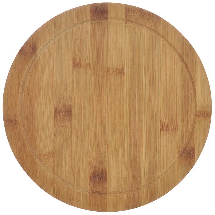 Доска разделочная Hans & Gretchen, круглая, цвет: темное дерево, диаметр 25 см. 9924499244Доска кухонная Hans & Gretchen изготовлена из бамбука. Прекрасно подходит для приготовления и сервировки пищи. Всем известно, что на кухне без разделочной доски не обойтись! Ведь во время приготовления пищи мы то и дело что-то режем. Поэтому разделочная доска должна быть изготовлена из прочного и экологически чистого материала, ведь с ней соприкасается наша пища. Характеристики:Материал: бамбук. Диаметр доски: 24,5 см. Производитель: Германия. Артикул: 99244.