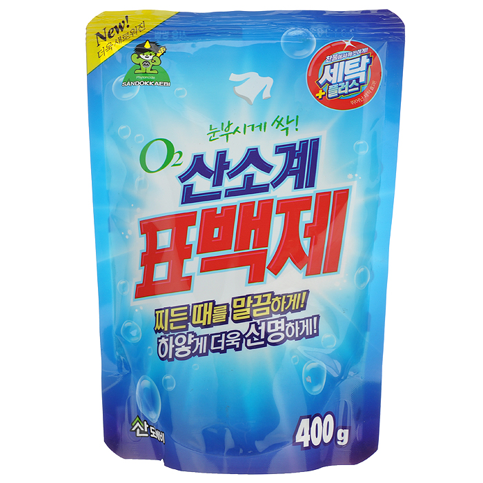 Отбеливатель кислородный Sandokkaebi Oxycle, 400 г3814Кислородный отбеливатель Sandokkaebi Oxycle имеет замечательный отбеливающий эффект, усиленный действием активного кислорода. Подходит для цветных и белых тканей.Выводит загрязнения в холодной воде так же хорошо, как в горячей. Специальные добавки способствуют удалению трудной грязи и пятен. Экономичен. Может быть использован для детской одежды и нижнего женского белья. Форма выпуска - порошок. Дозировка:При стирке: для активаторных стиральных машин - 10 г отбеливателя; для машин автоматов на 3-5 кг белья - 15 г отбеливателя.Для удаления пятен: использовать 10 г отбеливателя на 1 л воды.Для стерилизации: 5 г отбеливателя на 5 л воды. Состав: натрий перкарбонат, натрий карбонат.Товар сертифицирован.
