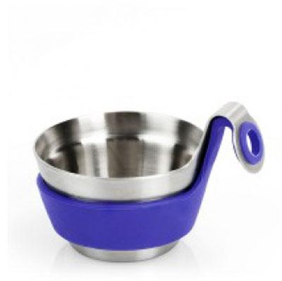 Подставка для сита Brabantia Чайный товарищ. 621123621123Насладитесь чашечкой ароматного чая вместе с предметами серии Get Together T4ONE! Посуда для сервировки стола серии Get Together подходит для любого случая, а большой выбор цветов и размеров позволит создать ваш личный стиль. Чайный товарищ удобно размещается на чашке и предназначен для печенья или конфет. Также его можно использовать для использованных чайных пакетиков, что позволит избежать подтеков и пятен на столе.Чайный товарищ изготовлен из матовой нержавеющей стали с мягким на ощупь силиконовым кольцом и подходит для повседневного использования. Всегда актуальный дизайн - подойдет для любого случая. Чайный товарищ прекрасно дополнят чайное сито, кружка и размешиватель для чая.