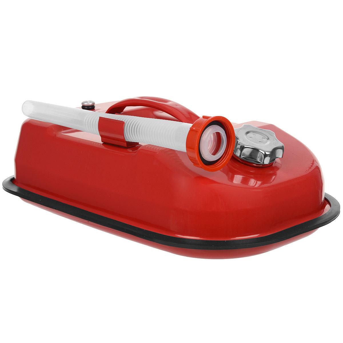 Канистра стальная Autoprofi, горизонтальная, 5 лKAN-500 (5L)Горизонтальная 5-литровая канистра Autoprofi особенно удобна для перевозки топлива в багажнике автомобиля, на квадроцикле, снегоходе или в катере. Горизонтальное распределение центра тяжести снижает риск опрокидывания емкости при транспортировке. Резиновый бортик канистры и отсутствие острых углов защищают от повреждений поверхность изделия и соседние предметы во время движения. Канистра изготовлена из оцинкованной стали, обладающей высокими антикоррозийными свойствами и устойчивостью к агрессивному воздействию залитого топлива. В верхнюю часть канистры встроен регулировочный клапан, который выравнивает давление воздуха внутри емкости с атмосферным, ускоряя процесс заливки и опорожнения. Также с канистрой поставляется длинная гофрированная трубка-лейка. С ее помощью удобно заливать топливо в горловину бака любой конфигурации. Характеристики: Материал: оцинкованная сталь. Цвет: красный. Объем: 5 л. Размер канистры (ДхШхВ): 41 см х 25 см х 10 см. Размер упаковки: 41,5 см х 26,5 см х 14,5 см. Артикул: KAN-500 (5L).