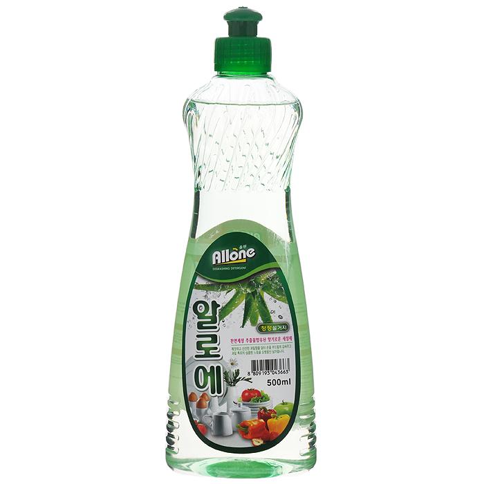 Средство для мытья посуды, овощей и фруктов С&E Allone. Алоэ, 500 мл43663Средство для мытья посуды, овощей и фруктов С&E Allone содержит натуральный экстракт алоэ и имеет приятный аромат. Полностью удаляет трудновыводимые пятна и жир. Благодаря густой гелеобразной консистенции экономично в использовании. Не сушит кожу рук, не оставляет запах на овощах и фруктах. Прекрасно смывается водой с любой поверхности полностью и без остатка. Характеристики: Объем: 500 мл. Артикул: 43663. Товар сертифицирован.