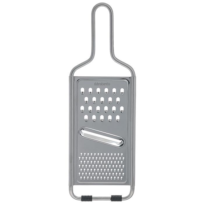 Терка универсальная Brabantia Profile, цвет: стальной матовый. 261008261008Прочная и безопасная в использовании – изготовлена из нержавеющей стали. Универсальная модель – три терки в одной: крупная, мелкая и нож для шинковки. Легко моется в посудомоечной машине. Резиновые противоскользящие накладки.