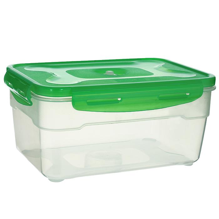 Контейнер вакуумный для пищевых продуктов Atlantis, цвет: зеленый, 2,3 лVS2R-32-GКонтейнер Atlantis прямоугольной формы предназначен для хранения пищевых продуктов. Контейнер изготовлен из пищевого пластика, в состав которого включена антибактериальная добавка Microban.Microban, встроенный в структуру пластика, препятствует размножению микроорганизмов, уничтожает до 99,6% бактерий, находящихся на поверхности изделия.Сила межмолекулярных связей внутри полимера удерживает антисептик на поверхности и он не распространяется в сохраняемый продукт.Не изменяет вкусовых свойств хранимых в контейнере продуктов, препятствует размножению болезнетворных бактерий, сохраняет антибактериальные свойства в течение всего срока использования контейнера.Продукты сохраняются свежими дольше, чем в обычных контейнерах.Позволяет предотвратить загрязнение и неприятный запах, вызываемый бактериями, грибком и плесенью.Продукты в вакуумном контейнере можно ставить в морозилку или разогреватьв микроволновой печи, не снимая при этом крышку контейнера.Состояние вакуума достигается в контейнере с помощью вакуумного насоса.Контейнер универсален, вы сможете хранить, замораживать, разогревать самыеразнообразные продукты.