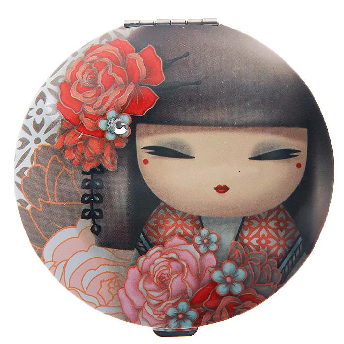Карманное зеркало Kimmidoll Юмико (Симпатия). KF0891KF0891Изящное зеркало Юмико (Симпатия), выполненное в круглом металлическом корпусе, декорировано изображением японской куколки, одетой в кимоно. Внутри корпуса расположено два зеркальца - обычное и увеличивающее. Такое зеркало станет отличным подарком представительнице прекрасного пола, ведь даже самая маленькая дамская сумочка обязательно вместит в себя миниатюрное зеркальце - атрибут каждой модницы. Привет, меня зовут Юмико! Я талисман симпатии. Мой дух искренний и заботливый. Проявляя искреннюю доброту и сочувствие к другим, Вы раскрываете силу моего духа. Пусть Ваша симпатия и доброта души привнесет прочность и комфорт в жизни всех тех, кого Вы встретите на своем пути! Характеристики:Материал: металл, стекло. Диаметр корпуса зеркала: 7 см. Размер упаковки: 7,5 см х 10 см х 1,5 см.Артикул: KF0891.
