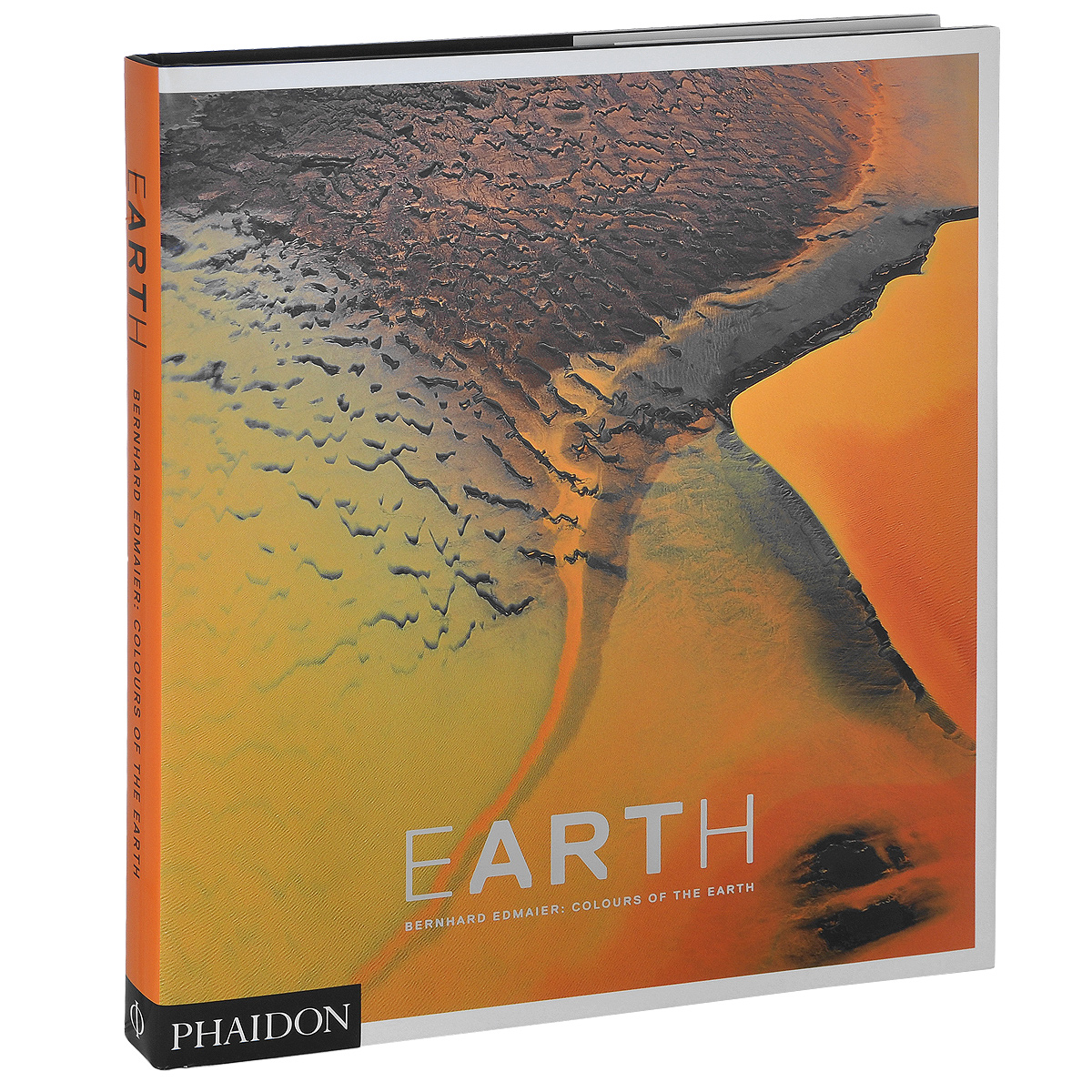 Earth: Bernhard Edmaier: Colours of the Earth from the earth to the moon
