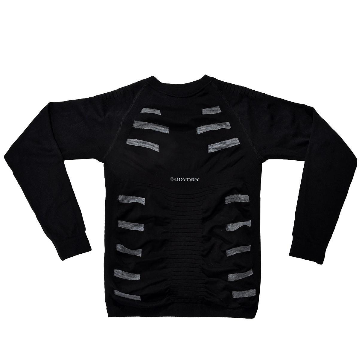 Лонгслив мужской BodyDry Extreme, цвет: черный, серый. УТ-00004802. Размер XL (54/56)УТ-00004802Мужской лонгслив BodyDry Extreme - функциональное компрессионное термобелье для высокой физической активности. Сочетание самых современных материалов (Tactel, DryTex, Lycra) c передовыми технологиями плетения (Net Respirant, RibbingDry, AirChannel). Tactel® (100% полиамид) позволяет добиться сочетания несочетаемых свойств - ветронепроницаемости и высокой способности дышать. Tactel® гигиеничен как хлопок, мягок как шелк, пластичен как полиэстер. Примесь Lycra добавляет длительную сохранность формы, удобную посадку, свободу движения. DryTex (полипропилен) - легкий и прочный гипоаллергенный материал, обеспечивает прекрасную термоизоляцию, благодаря низкой теплопроводности. Также позволяет изделию сохранять привлекательный внешний вид даже после многочисленных стирок. Термобелье может применяться как при высокой физической активности (треккинг, лыжи, сноуборд), так и при повседневной носке.Технологии:3D плетение Ткань обеспечивает разнонаправленную воздухопроницаемость Net RespirantТкань особой ячеистой структуры обеспечивает быстрый отвод влаги в зонах повышенного потоотделения.RibbingDryБлагодаря технологии специального ребристого плетения, изделие плотно сидит, не стесняя движений, а также обладает влагоотводящими свойствами и быстро сохнет.Air ChannelСистема специальных воздушных каналов обеспечивает высокий комфорт при носке. Благодаря усиленной циркуляции воздуха изделие не прилипает к телу или одежде даже при активном потоотделении.