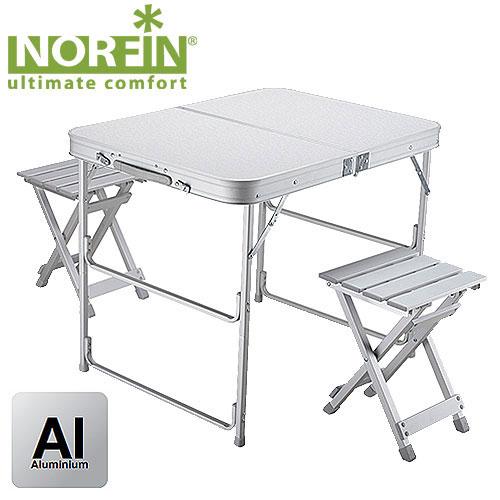 Набор складной мебели Norfin Boren, 3 предметаNF-20309Набор из складного стола и двух стульев. Стулья складываются и убираются вовнутрь стола, который в собранномвиде имеет форму чемодана. Пластиковое покрытие стола легко чистится и моется. Размер стола: 80 см x 60 см x 66 см.Размер в сложенном виде: 40 см x 60 см x 8 см. Максимальная нагрузка: 30 кг.