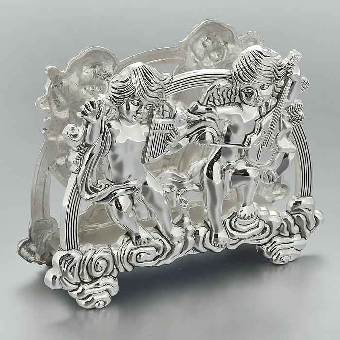Салфетница Marquis Ангелы. 3050-MR3050-MRСалфетница Marquis Ангелы, выполненная из стали с серебряно-никелевым покрытием, украшена оригинальным орнаментом в виде двух ангелочков. Для большей устойчивости на нижней части изделия имеются ножки. Такая салфетница прекрасно подойдет для вашей кухни и великолепно украсит стол. Салфетница станет отличным подарком для друзей и близких. Характеристики:Материал: сталь с серебряно-никелевым покрытием. Цвет: серебристый. Размер салфетницы: 16 см х 6 см х 12,5 см. Размер упаковки: 17 см х 6 см х 12,5 см. Артикул: 3050-MR.