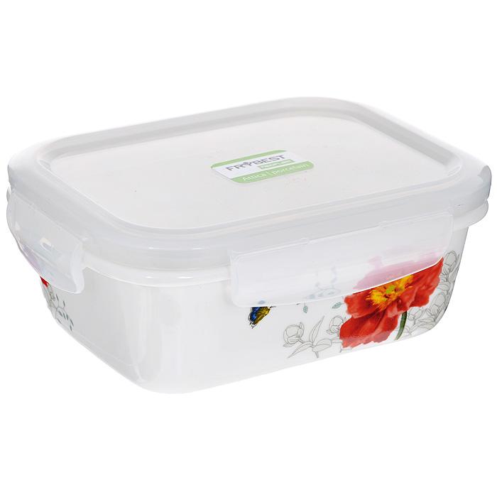 Контейнер для продуктов Frybest фарфоровый, прямоугольный, 370 млMAK-037Прямоугольный контейнер для продуктов Frybest выполнен из высококачественного фарфора белого цвета и украшен цветочным рисунком. Контейнер оснащен удобной крышкой из прозрачного пластика, которая плотно закрывается на 4 защелки. Основные преимущества: - экологичность (не содержит вредных и ядовитых материалов); - герметичность (превосходная герметичность позволяет сохранить свежесть продуктов); - чистота и гигиеничность (цвет материала не блекнет со временем, покрытие не впитывает запах); - утонченный европейский дизайн (прекрасное украшение стола); - удобство использования (подходит для мытья в посудомоечной машине, хранения в холодильной и морозильной камере). Характеристики:Материал: пластик, фарфор. Объем: 370 мл. Размер контейнера: 10,5 см х 13,5 см. Высота (без учета крышки): 4,8 см. Высота (с учетом крышки): 6 см. Размер упаковки: 16 см х 12,5 см х 6,5 см. Артикул: MAK-037.