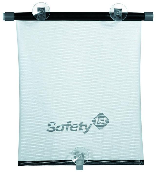 Шторка солнцезащитная Safety, рулонная38045760Солнцезащитная шторка Safety защитит вашего ребенка от яркого солнечного света во время поездки в автомобиле. Шторка, выполненнаяиз ПВХ черного цвета, подходит ко всем автомобилям и крепится к стеклу с помощью присосок (входят в комплект). Шторка компактно сворачивается в рулон. Кнопка автоматического сворачивания расположена сбоку. Характеристики:Материал: пластик, ПВХ, силикон. Размер шторки (ДхШ): 43 см х 35 см. Комплектация: 1 шторка. Размер упаковки (ДхШхВ): 9 см х 50 см х 4 см.
