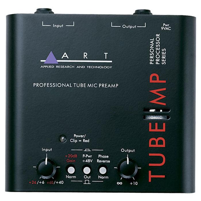 ART Tube MP предусилительTube MPКомпактный ламповый микрофонный и линейный предусилитель ART Tube MP, созданный по специальной технологии ART, позволяет музыкантам получать качественное ламповое усиление при выступлении на сцене или работе в студии. Очень доступный по цене, этот прибор, тем не менее, обладает всеми преимуществами классического лампового предусилителя. Как и старшие модели предусилителей ART, одноканальный Tube MP использует лампу 12AX7A в цепи усиления. На корпусе имеются регуляторы входного и выходного усиления и переключатель фазы сигнала. Устройство может быть также использовано как DI-предусилитель для гитары и других инструментов или источник фантомного питания +48 В для конденсаторных микрофонов. Гнезда подключения выполнены как на разъемах джек, так и на XLR.