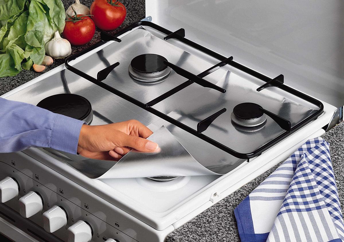 Пленка защитная для газовых плит Rayen, 26 см х 26 см, 8 шт37002190Защитная пленка Rayen предохраняет поверхность газовой плиты от брызг, пролитого молока и жира. Ваша кухня всегда будет чистой. Характеристики:Материал: штампованная алюминиевая бумага. Размер пленки: 26 см х 26 см. Комплектация: 8 шт.