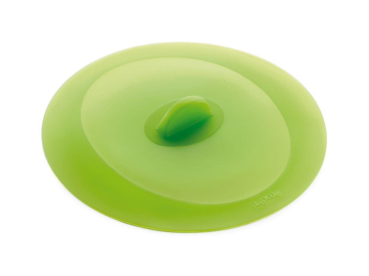 Крышка герметичная Lekue, цвет: салатовый. Диаметр 32 cм1270232V09U002Крышка герметичная Lekue выполнена из силикона салатового цвета. Уникальный материал позволяет крышке герметично закрывать посуду независимо от диаметра - от стаканов до кастрюль. Силикон способен выдерживать большие перепады температур, не теряя своих свойств, поэтому крышки можно использовать для хранения приготовленных продуктов в холодильнике. Крышка не бьется, легко моется, компактна и удобна в хранении.Проблема неприятных запахов в холодильнике будет решена навсегда, потому что крышка плотно закрывают посуду, препятствуя распространению запахов. Силиконовая крышка очень удобна в использовании и позволяет хранить продукты без доступа воздуха, чтобы они оставались свежими в течение нескольких дней.Кухонная посуда и аксессуары из силикона абсолютно безопасны для здоровья. Характеристики: Материал: силикон. Диаметр крышки: 32 см. Цвет: салатовый.