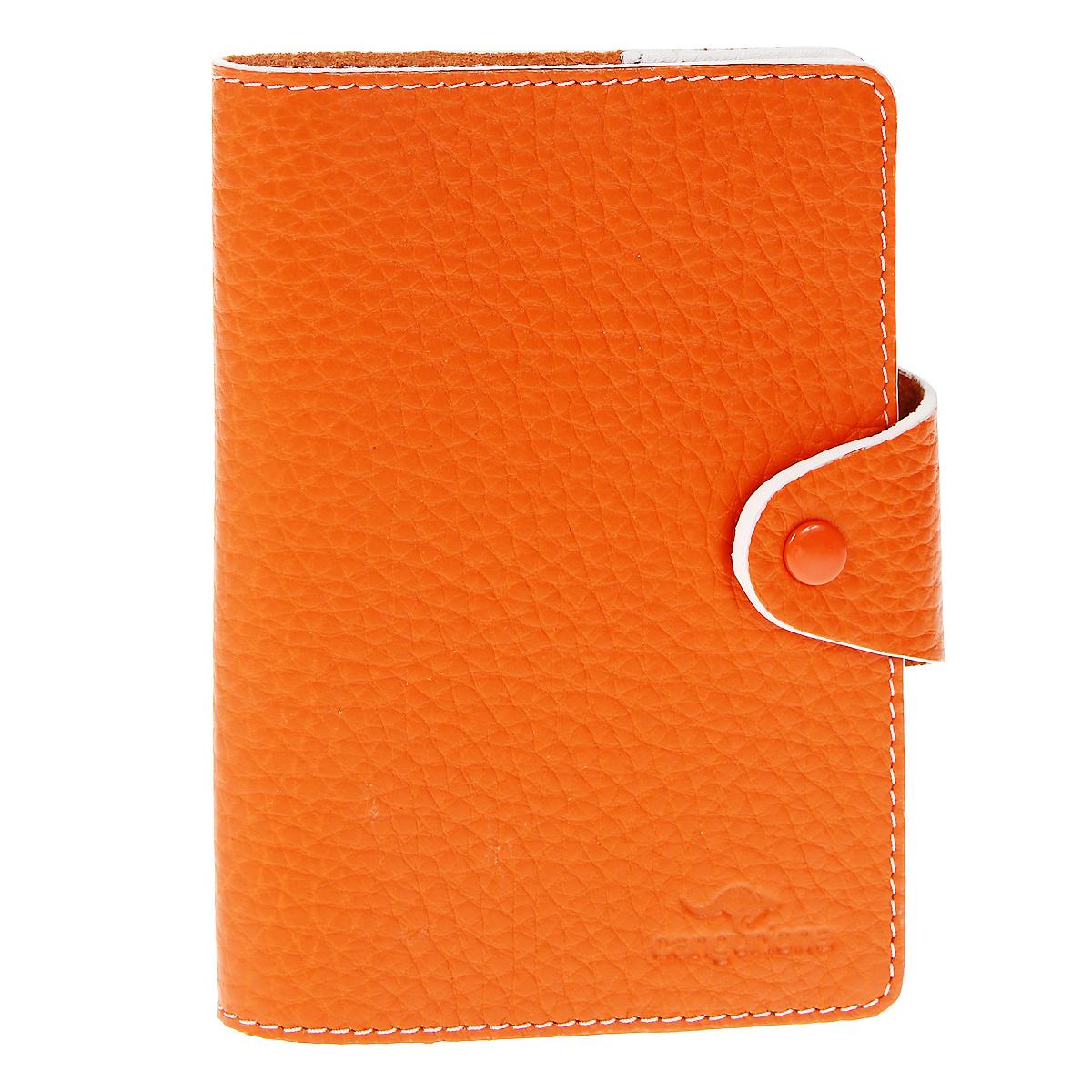 Обложка для паспорта Cangurione, цвет: оранжевый. 3342-F3342-F/Orange-BeigeЭлегантная обложка для паспорта Cangurione не только поможет сохранить внешний вид ваших документов и защитит их от повреждений, но и станет стильным аксессуаром, идеально подходящим вашему образу. Обложка выполнена из натуральной кожи и оформлена тиснением в виде логотипа Cangurione. Обложка закрывается клапаном на кнопку. Изделие упаковано в коробку из плотного картона с логотипом фирмы. Характеристики:Материал: натуральная кожа. Размер в сложенном виде: 9,5 см х 13,5 см х 2 см. Размер упаковки: 11,5 см х 15,5 см х 2,5 см. Артикул:3342-F/Orange-Beige.