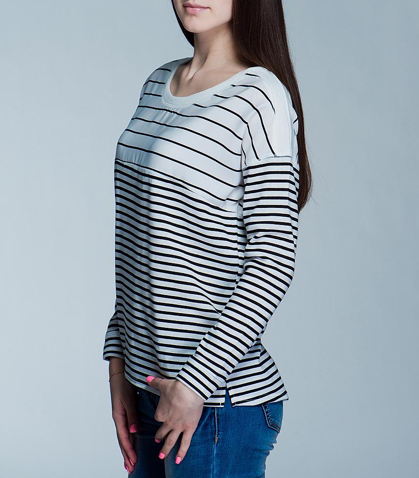 Джемпер женский Broadway, цвет: белый, черный. 10151097. Размер S (42/44)10151097 99F-black/001 stripeСтильный женский джемпер Broadway, выполненный из высококачественного материала, обладает высокой теплопроводностью, воздухопроницаемостью и гигроскопичностью, позволяет коже дышать. Модель свободного кроя с длинными рукавами и круглым вырезом горловины - идеальный вариант для создания образа в стиле Casual. Такая модель будет дарить вам комфорт в течение всего дня и послужит замечательным дополнением к вашему гардеробу.