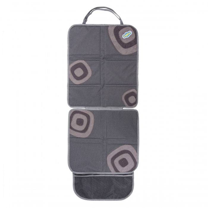Защитная накидка Смешарики под детское кресло, цвет: серый, 118 х 48 смSM/COV-020 GY/GYОригинальная накидка позволяет использовать детское автокресло, не испортив автомобильное сиденье. Прочный материал защищает от вмятин, дырок и загрязнений. Для более надежной фиксации в накидках под детское автокресло используется специальный язычок и антискользящее покрытие на тыльной стороне. Яркие веселые рисунки отлично сочетаются с такими же позитивными детскими автокреслами Смешарики. Наличие удобного сетчатого кармана в накидке под детское автокресло делает его более функциональным.