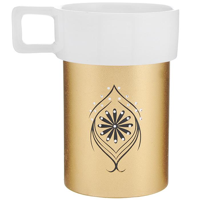 Кружка Amber Porcelain, цвет: белый, золотистый, 220 мл214179Кружка Amber Porcelain, выполненная из фарфора, имеет оригинальнуюформу и яркий дизайн. Дно изделия оснащено силиконовой накладкой.Такая кружка порадует васдизайном и функциональностью, а пить чай или кофе из нее станет ещеприятнее.
