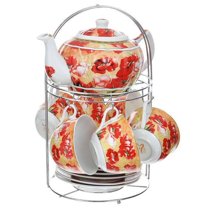 """Чайный набор """"Lillo"""" состоит из шести чашек, шести блюдец и заварочного чайника. Предметы набора изготовлены из высококачественного фарфора и оформлены изображением маков. Все предметы располагаются на удобной металлической подставке с ручкой. Элегантный дизайн набора придется по вкусу и ценителям классики, и тем, кто предпочитает утонченность и изысканность. Он настроит на позитивный лад и подарит хорошее настроение с самого утра.   Чайный набор """"Lillo"""" идеально подойдет для сервировки стола и станет отличным подарком к любому празднику.    Чайный набор упакован в красочную подарочную коробку из плотного картона.        Характеристики:  Материал: фарфор, металл. Объем чашки: 270 мл. Диаметр чашки по верхнему краю: 9,5 см. Высота чашки: 6 см. Диаметр блюдца: 15 см. Объем чайника: 1 л. Размер чайника (с учетом ручки и носика): 23 см х 15 см х 10 см. Размер подставки (Д х Ш х В): 18 см х 18 см х 31 см."""
