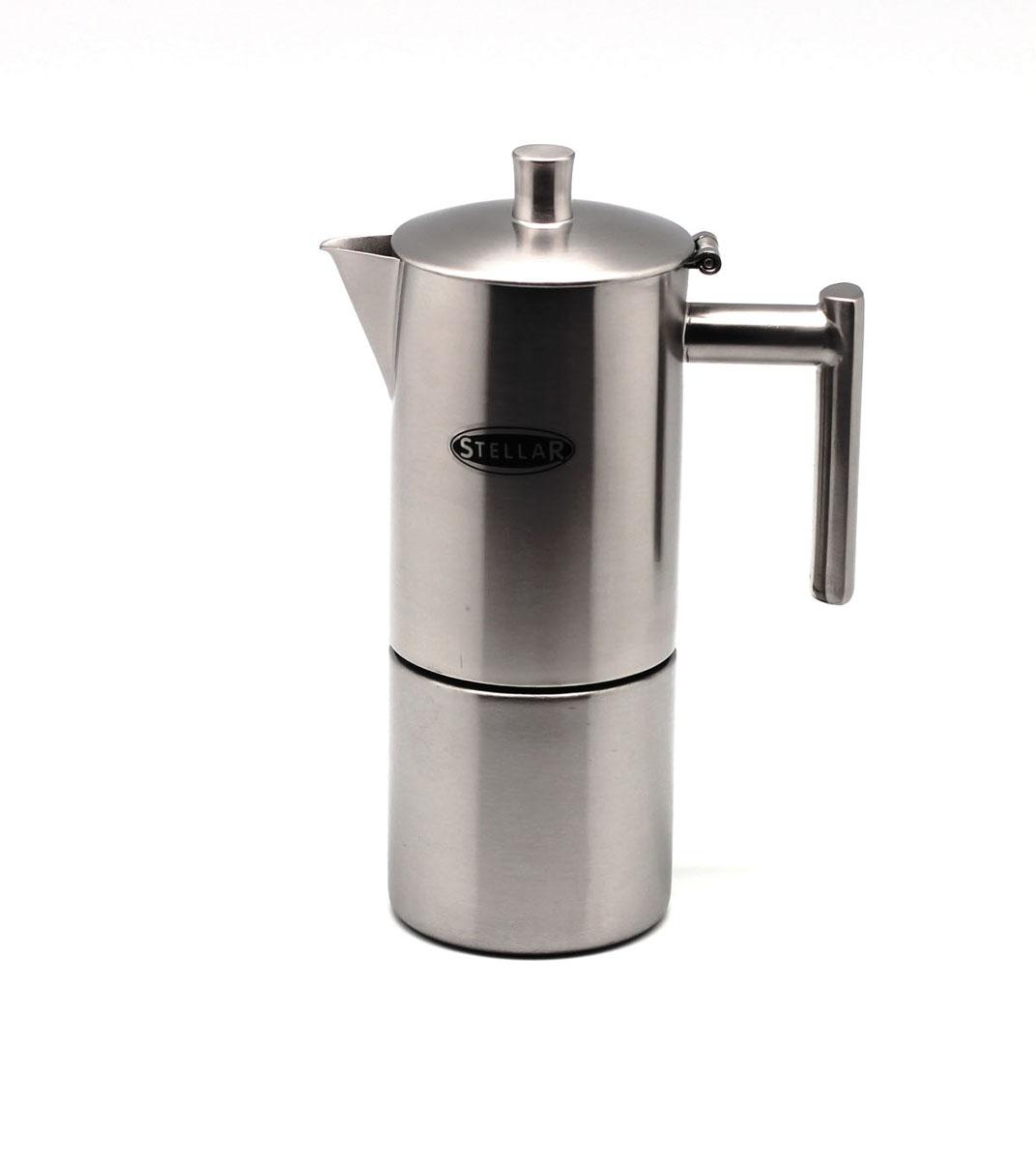 Эспрессо-кофеварка Silampos Oslo, матированная, на 4 порции41281318SM51Кофеварка эспрессо Silampos Oslo изготовлена из высококачественной нержавеющей стали (сплав 18/10) с зеркальной полировкой. Эргономичная ручка крепится к корпусу точечным методом, исключающим риск перегревания. Кофеварку можно использовать на всех типах плит, включая индукционные. Вместительность кофеварки - 4 чашки. Благодаря использованию материалов высочайшего качества кофеварке Silampos не страшно мытье вручную и в посудомоечной машине.Размер:130 х 85 х 215 мм.
