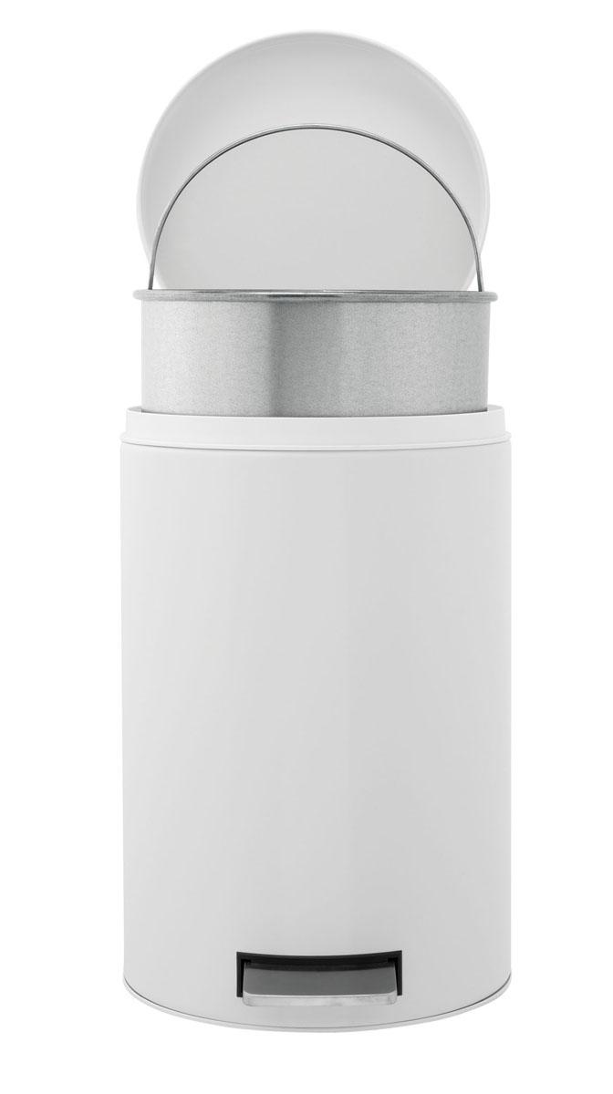 Бак мусорный Brabantia Классический, с педалью, с внутренним ведром, цвет: белый, 12 л283703Педальный бак Brabantia на 12 л поистине универсален и идеально подходит для использования на кухне или в гостиной. Достаточно большой для того, чтобы вместить весь мусор, при этом достаточно компактный для того, чтобы аккуратно разместиться под рабочим столом. Предотвращает распространение запахов – прочная не пропускающая запахи металлическая крышка. Плавное и бесшумное открытие/закрытие крышки. Удобный в использовании – при открывании вручную крышка фиксируется в открытом положении, закрывается нажатием педали. Надежный педальный механизм, высококачественные коррозионно-стойкие материалы. Удобная очистка – прочное съемное внутреннее пластиковое ведро. Предохранение пола от повреждений - пластиковое защитное основание. Всегда опрятный вид – идеально подходящие по размеру мешки для мусора со стягивающей лентой (размер C). 10-летняя гарантия Brabantia.