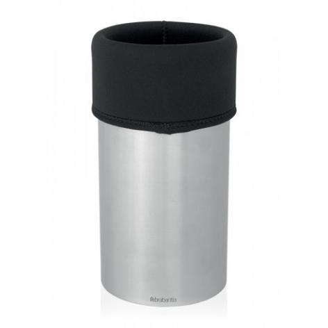 Кулер для вина Brabantia, цвет: стальной, черный. 611629611629Кулер имеет корпус из нержавеющей стали с термоизолирующей вставкой из неопрена и подходит для всех типов винных бутылок. Термоизолирующая вставка из неопрена обеспечивает поддержание необходимой температуры вина. Прочный корпус изготовлен из матовой нержавеющей стали 18/8. 5-летняя Гарантия Brabantia.