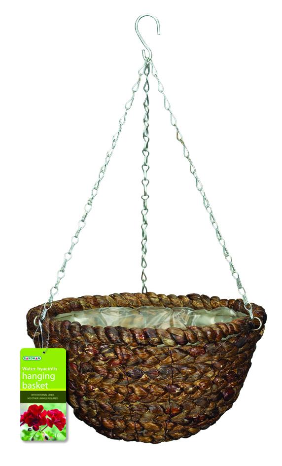Корзина подвесная для цветов Gardman, диаметр 35 см. 0219402194Подвесная плетеная корзина Gardman изготовлена из водного гиацинта. Каркас выполнен из металла. Корзина уже оснащена специальной пленкой и полностью готова для посадки растений. Прекрасно подходит для цветов. Подвешивается с помощью специальной тройной металлической цепи с крючком.Кашпо часто становятся последним штрихом, который совершенно изменяет интерьер помещения или ландшафтный дизайн сада. Благодаря такому кашпо вы сможете украсить вашу комнату, офис или сад. Характеристики: Материал: металл, водный гиацинт. Диаметр корзины: 35 см. Высота корзины: 18 см. Товары для садоводства от Gardman - это вещи, сделанные с любовью, с истинно английской практичностью, основанной на глубоких традициях садоводства Великобритании. Эти товары широко известны садоводам Европы, США, Канады и Японии. Демократичные цены и продуманный ассортимент Gardman завоевал признательность и российского покупателя, достойного хороших, качественных вещей. В ассортименте Gardman есть практически все, что нужно современному садоводу - от совочка для рассады до предметов декора и ландшафтного дизайна.