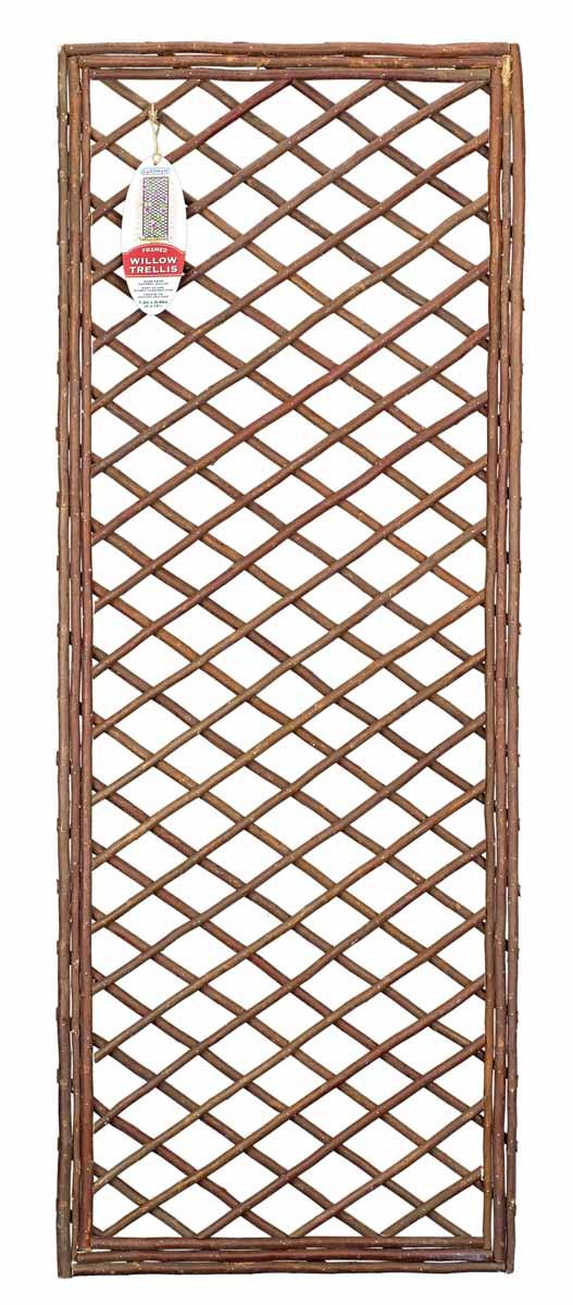 Панель решетчатая Gardman, 1,8 м x 60 см07523Решетчатая панель Gardman изготовлена из ивовых прутьев. Панель можно использовать для поддержки вьющихся растений или как экран, разграничивающий пространство. Решетчатая панель Gardman оригинально украсит ваш дом или сад и станет замечательным дизайнерским решением. Характеристики: Материал: ивовые прутья. Размер панели: 1,8 м x 60 см. Товары для садоводства от Gardman - это вещи, сделанные с любовью, с истинно английской практичностью, основанной на глубоких традициях садоводства Великобритании. Эти товары широко известны садоводам Европы, США, Канады и Японии. Демократичные цены и продуманный ассортимент Gardman завоевал признательность и российского покупателя, достойного хороших, качественных вещей. В ассортименте Gardman есть практически все, что нужно современному садоводу - от совочка для рассады до предметов декора и ландшафтного дизайна.