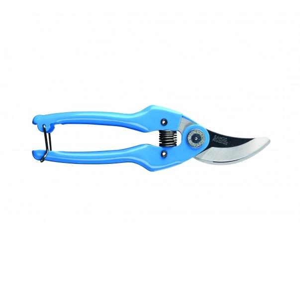 Секатор Bahco, цвет: синий. PG-14-BLUEPG-14-BLUEСекатор Bahco предназначен для садовых работ, в частности, для формирования крон кустарников. Прорезиненные рукоятки обеспечивают надежный захват и оснащены защелкивающимся механизмом. Лезвия изготовлены из стали и имеют индукционную закалку и высокий уровень заточки. Режущая способность 15 мм.