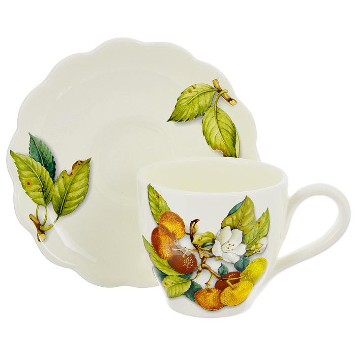 Чашка с блюдцем Nuova Cer Итальянские фрукты, 300 млNC7417-CEM-ALЧашка с блюдцем Nuova Cer Итальянские фрукты, изготовленные из керамики бежевого цвета, оформлены красочным рисунком. Края блюдца волнистые. Оригинальный рисунок придает набору особый шарм, который понравится каждому.Набор идеально подойдет для чая и придется по вкусу и ценителям классики, и тем, кто предпочитает утонченность и изысканность. Характеристики: Материал: керамика. Цвет: бежевый. Объем чашки: 300 мл. Диаметр чашки по верхнему краю: 9 см. Высота чашки: 7 см. Диаметр блюдца: 15,5 см.