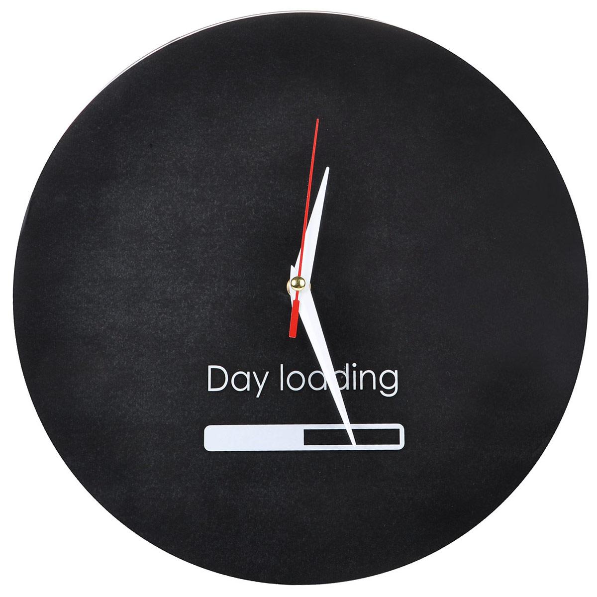 Часы настенные Day Loading, стеклянные, цвет: черный, белый. 9554695546Оригинальные настенные часы Day Loading круглой формы выполнены из стекла и оформлены надписью Day Loading и индикатором. Часы имеют три стрелки - часовую, минутную и секундную. Циферблат часов не защищен. Необычное дизайнерское решение и качество исполнения придутся по вкусу каждому.Оформите свой дом таким интерьерным аксессуаром или преподнесите его в качестве презента друзьям, и они оценят ваш оригинальный вкус и неординарность подарка. Характеристики:Материал: пластик, стекло. Диаметр: 28 см. Работают от батарейки типа АА (в комплект не входит).