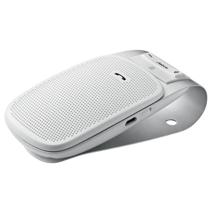 Jabra Drive, White спикерфон1004900000360Спикерфон Jabra Drive - идеальный компаньон в поездке для вашего мобильного телефона. Этот автомобильный спикерфон с Bluetooth можно подключить к одному или двум устройствам. Не занимайте руки, говоря по телефону, слушая музыку с мобильного телефона, mp3-плеера или навигационные инструкции GPS с мобильного телефона. Так много функций в небольшом и простом в использовании устройстве!Никаких сложностей или суеты:Вам нужно добраться до места назначения, а спикерфон Jabra Drive поможет вам в пути. Он предоставляет голосовые инструкции по сопряжению с мобильным телефоном или другим устройством с поддержкой Bluetooth. Спикерфон сообщает пользователю об успешном сопряжении с другим устройством и о низком уровне заряда аккумулятора. После успешной синхронизации с телефоном сопряжение будет выполняться автоматически. При поступлении вызова ответить на него можно с помощью Jabra Drive. Разговоры по телефону со свободными руками еще никогда не были такими простыми.Принимает и передает ваш голос и ничего больше:Находясь в дороге, вы вряд ли захотите, чтобы ваши собеседники слышали это. В спикерфоне Jabra Drive применяется технология шумоподавления, которая снижает все шумы от дороги и обеспечивает ясный и четкий звук во время разговоров по телефону.