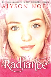A Riley Bloom Novel: Radiance lucinda riley tormiõde