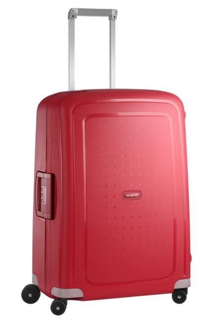 Чемодан Samsonite SCure, 79 л. 10U-10001, красный10U-10001Характеристики: Размер чемодана (без учета ручки и колес) (ДхШхВ): 47 см x 26 см x 66 см. Размер главного отделения чемодана (ДхШхВ): 63 см x 44 см x 17 см. Высота чемодана (с учетом колес): 68 см Высота чемодана (с учетом колес и выдвинутой ручки): 86/90/95/100/105 см. Диаметр колеса: 6 см. Ширина колеса: 4 см. К чемодану прилагается подарок: две пары шлепанцев (мужские и женские).Как выбрать чемодан. Статья OZON Гид