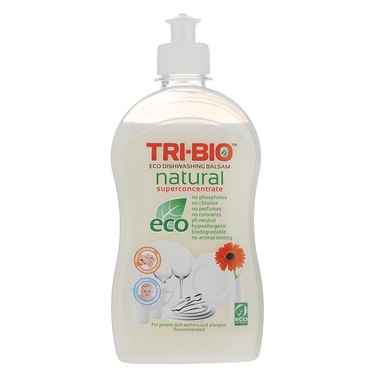 Натуральный эко-бальзам для мытья посуды Tri-Bio, 420 мл0420Эффективная формула основана на натуральных растительных и минеральных компонентах, кокосовом масле, сахаре, а также провитамине В5 для смягчения кожи. Нейтральный рH. Супер концентрированный густой белый бальзам создает нежную пену, которая эффективно удаляет жир и остатки пищи с посуды и стеклянных, керамических, каменных и металлических поверхностей. Не содержит опасных химических веществ, но также эффективна, как широко известные жесткие химические моющие средства. Подходит людям с чувствительной кожей: оказывает более щадящее воздействие на руки, не сушит кожу, не повреждает ногти, не раздражает дыхательные пути. Идеально подходит для мытья детской посуды.Рекомендуется для людей, склонных к аллергическим реакциям и страдающих астмой.Для здоровья: Без фосфатов, растворителей, хлора отбеливающих веществ, абразивных веществ, отдушек, красителей, токсичных веществ. Для окружающей среды: Низкий уровень ЛОС, легко биоразлагаемо, минимальное влияние на водные организмы, рециклируемые упаковочные материалы, не испытывалось на животных. Присвоен сертификат ECO GREEN.Как выбрать качественную бытовую химию, безопасную для природы и людей. Статья OZON Гид