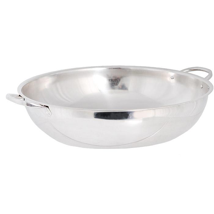 Таз для бани Tonttu Tytto Ukko (Укко), диаметр 33,5 см210Таз для бани Tonttu Tytto Ukko (Укко) выполнен из высококачественной нержавеющей стали, благодаря чему прослужит долгие годы. Его лаконичный дизайн прекрасно дополнит внутреннее убранство бани. Для более удобного использования таз имеет по бокам две ручки.Простота и гигиеничность - основные критерии при выборе изделий серии Ukko (Укко). Наличие различных размеров позволяет подобрать тазы для всех членов семьи. Характеристики:Материал: нержавеющая сталь. Диаметр таза (с учетом ручек): 40 см. Диаметр таза без учета ручек: 33,5 см.Высота стенки таза: 9 см. Ширина с учетом ручек: 46 см.