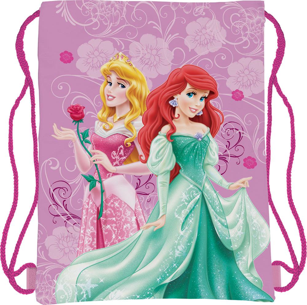 Сумка для сменной обуви Disney Princess, цвет: сиреневый, фуксияPRBB-MT1-883Сумка для сменной обуви Disney Princess идеально подойдет как для хранения, так и для переноски сменной обуви и одежды. Сумка выполнена из мягкого водоотталкивающего материала и дополнена одним вместительным отделением, затягивающимся с помощью текстильного шнурочка. Шнурки фиксируются в нижней части сумки, благодаря чему ее можно носить за спиной как рюкзак. Оформлено изделие ярким принтом с изображением очаровательных диснеевских принцесс.