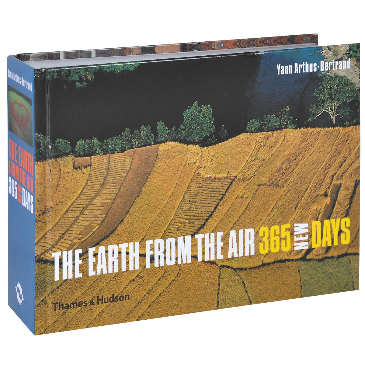 цены на The Earth from the Air: 365 New Days в интернет-магазинах