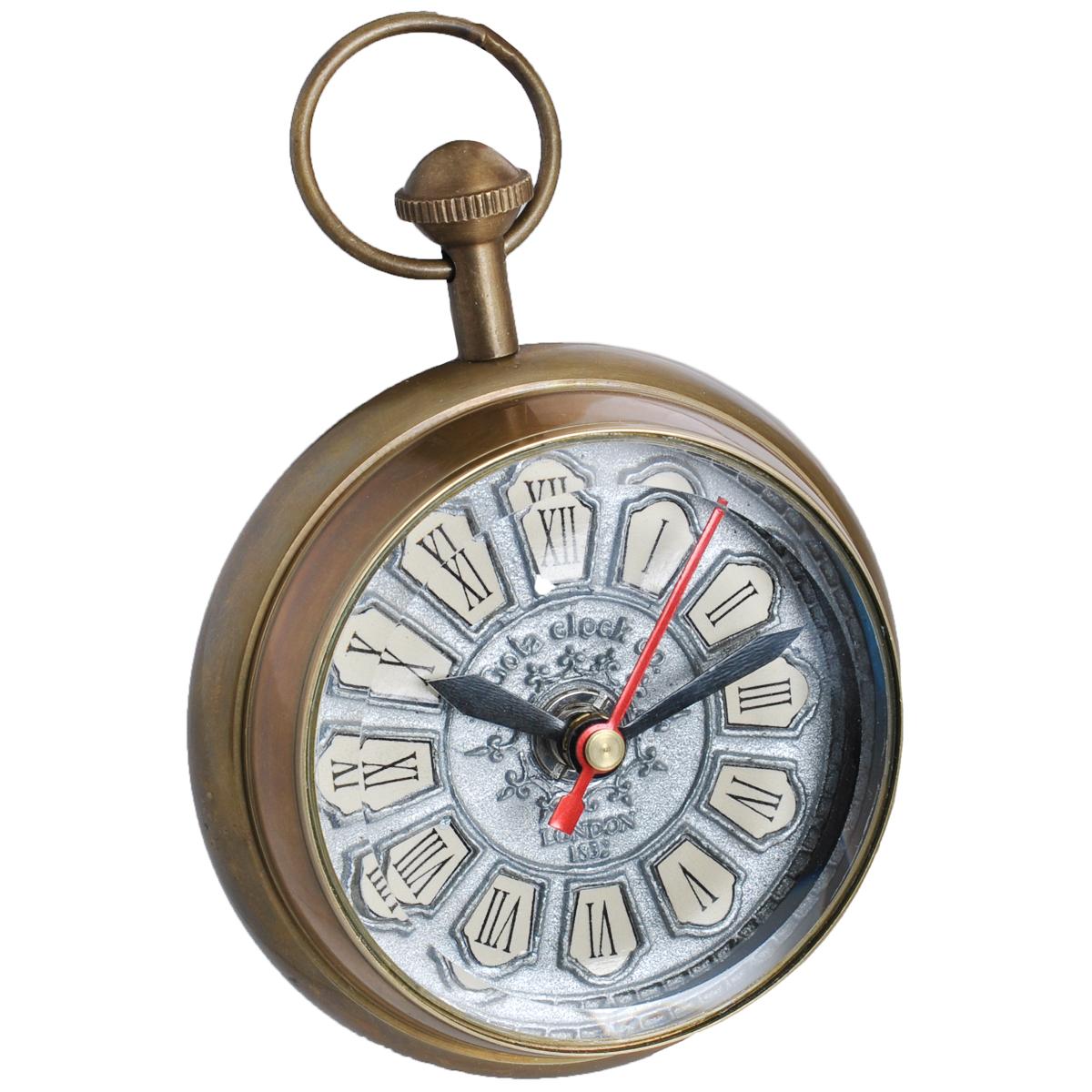 Часы сувенирные Win Max, цвет: бронзовый. 3582035820Часы Win Max с кварцевым механизмом работают бесшумно и требуют лишь примерно раз в год замены батарейки. Часы оснащены часовой, минутной и секундной стрелками. Алюминиевый рельефный циферблат выполнен в старинном стиле и оформлен римскими цифрами. Изготовленные из латуни и стекла, они, несомненно, будут привлекать к себе внимание. Такие часы легко впишутся в любой интерьер и станут великолепным подарком! Характеристики: Материал: металл (латунь), стекло.Общий размер часов (ДхШхВ): 9 см х 6,5 см х 12 см.Диаметр циферблата: 7 см.